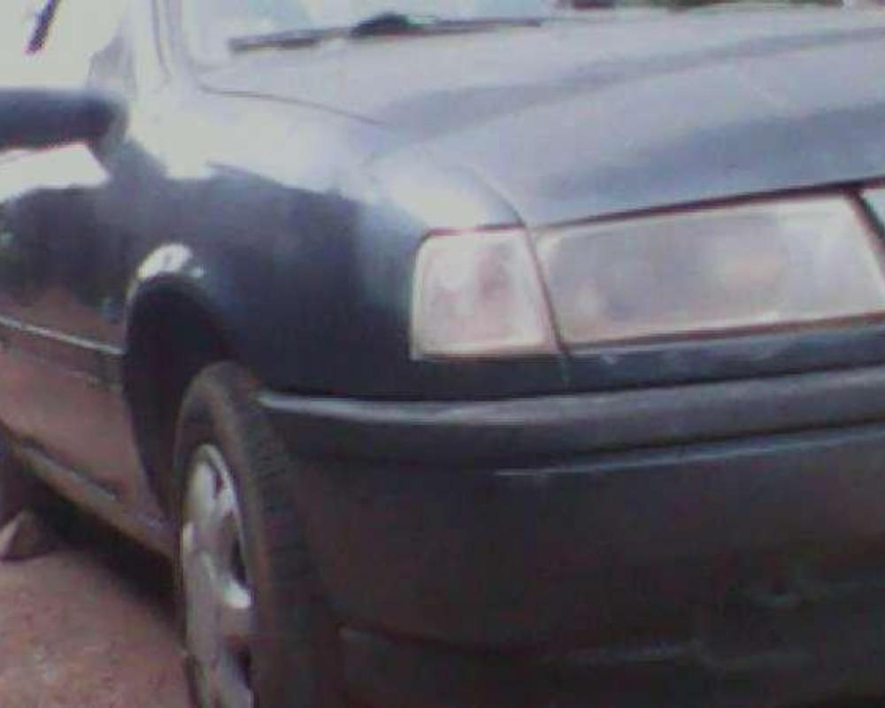 Pictures of Opel Vectra GL