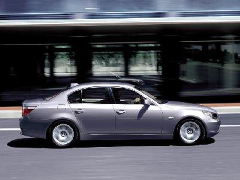 Send us more 2005 BMW 530d pictures.