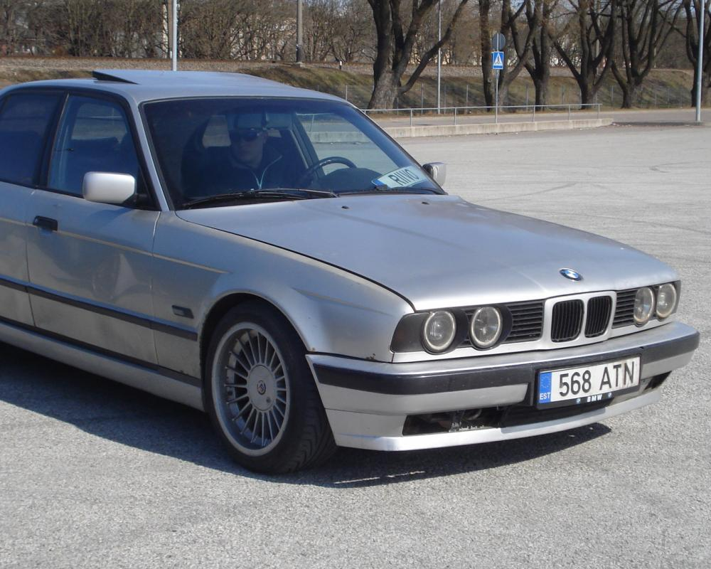 Re: BMW 525TD 93a Shadowline, Riivo