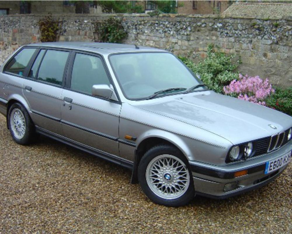 BMW 325i Touring E30 BMW E30 325i, one of BMW's great cars the E30,