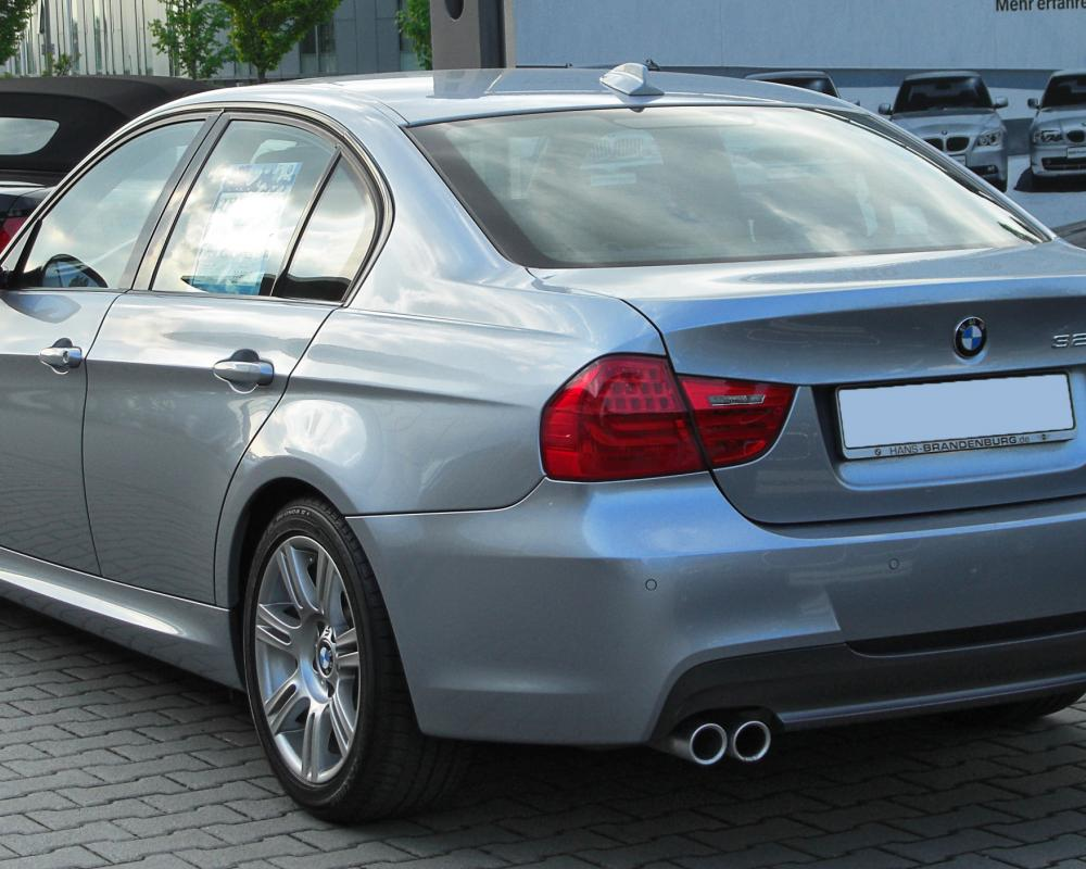 File:BMW 325d M Sportpaket (E90) Facelift rear 20100516.jpg