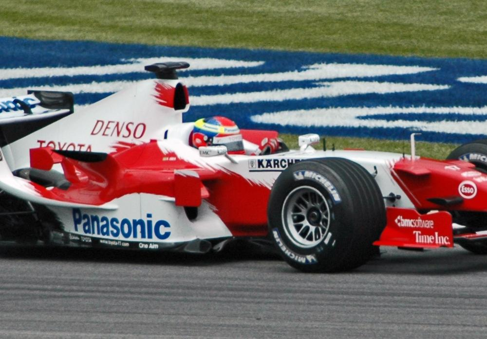 File:Zonta (Toyota) qualifying at USGP 2005.jpg