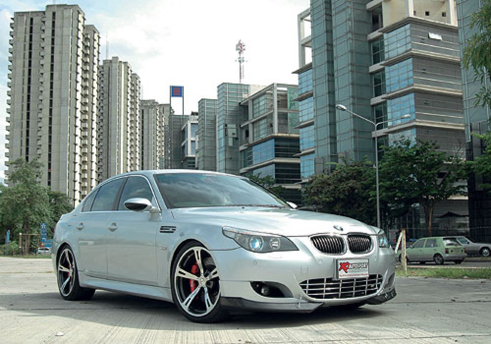 BMW 525iSE - huge collection of cars, auto news and reviews, car vitals,
