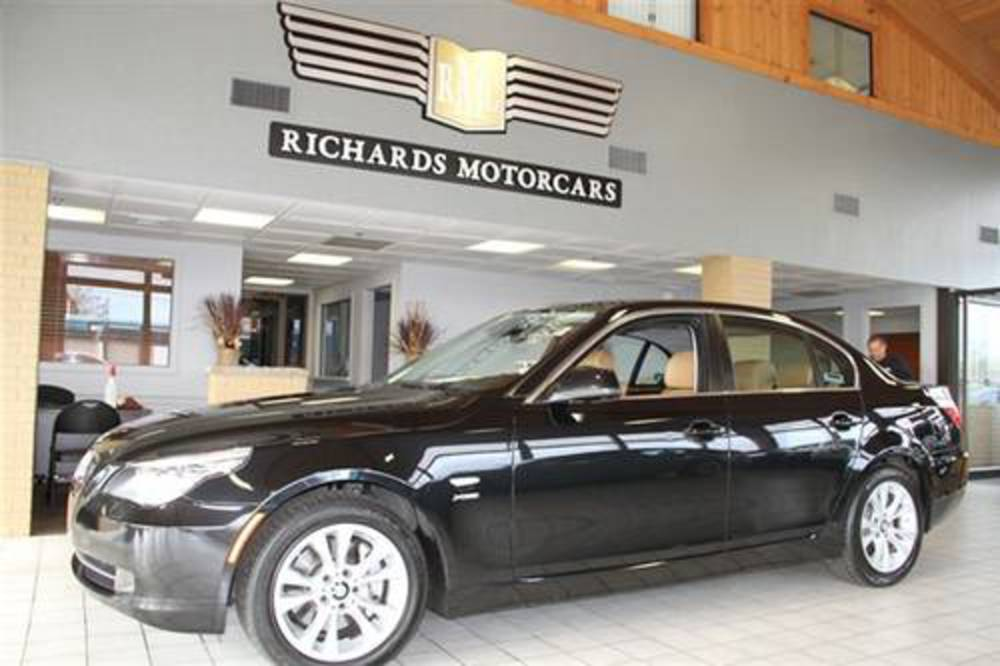 Richards Motorcars is proud to present this 2010 BMW 535 xDrive sedan