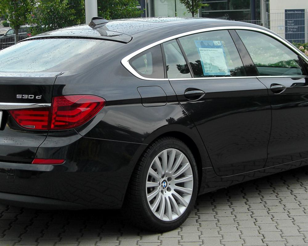 File:BMW 530d GT (F07) rear 20100723.jpg