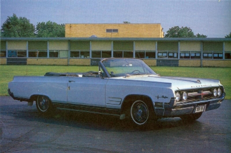 1965-1966 Oldsmobile Starfire. By model year 1965, the end of the line for