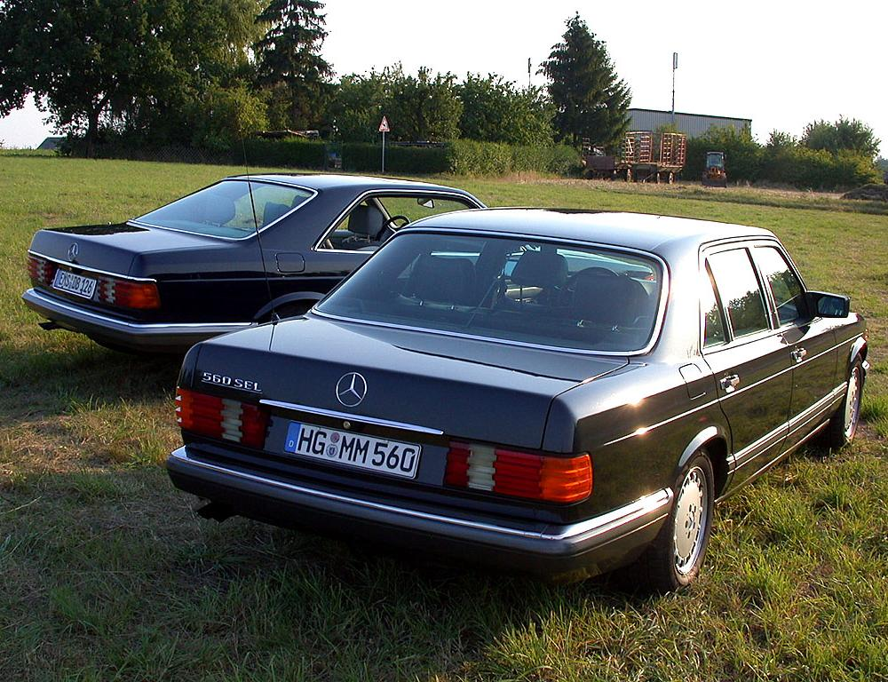 File:1979-1991 Mercedes-Benz W126 500 SEC and 560 SEL.jpg