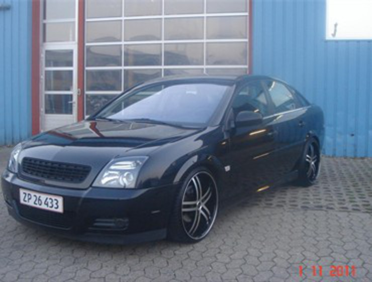 Opel Vectra 32 V6 GTS: 10 photo
