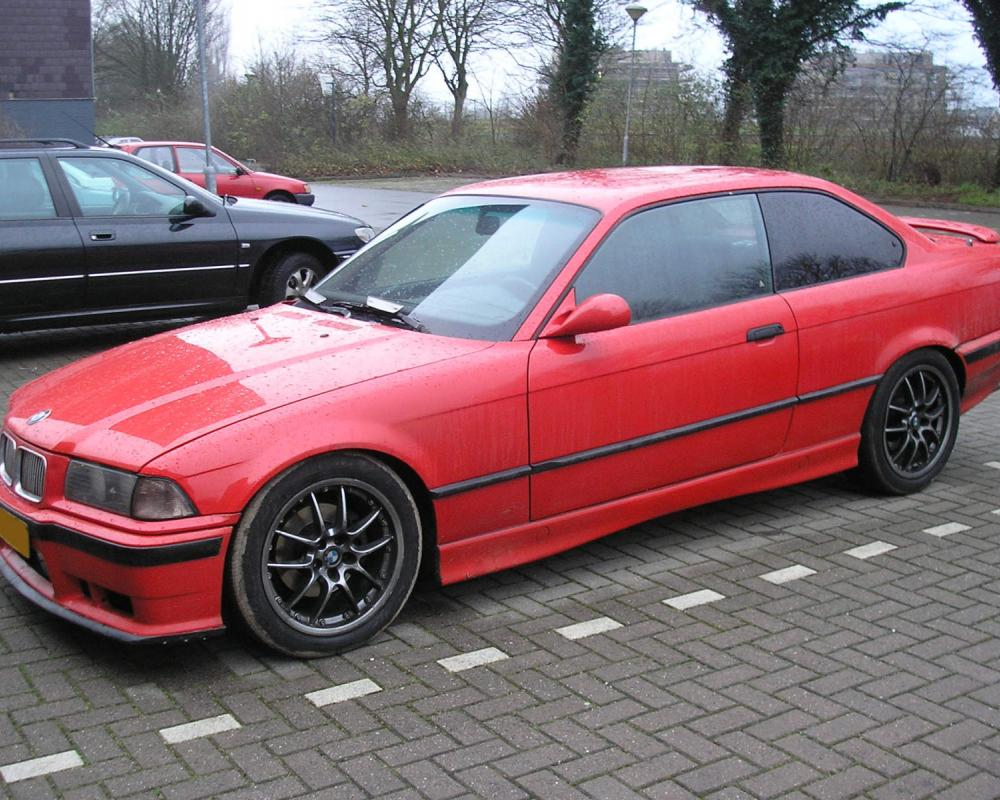 Bmw 318 coupe (832 comments) Views 34803 Rating 22