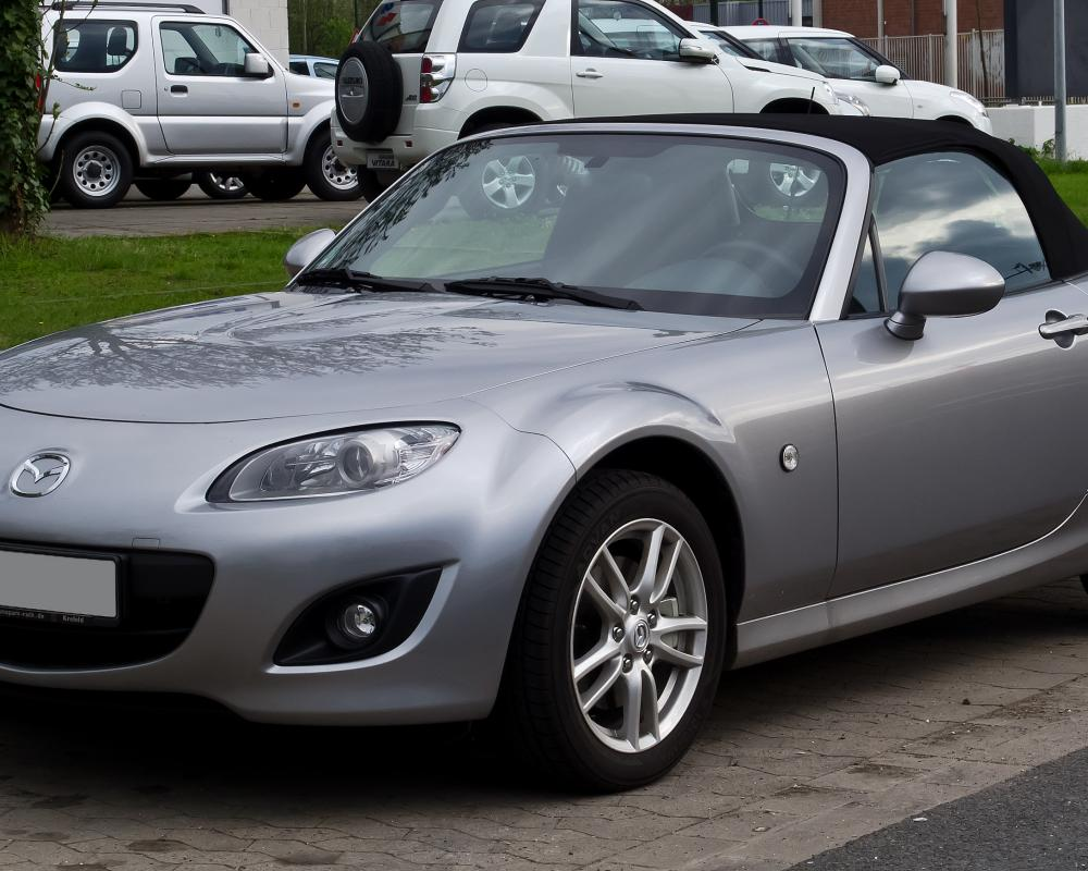 File:Mazda MX-5 Roadster (III, Facelift) – Frontansicht, 1