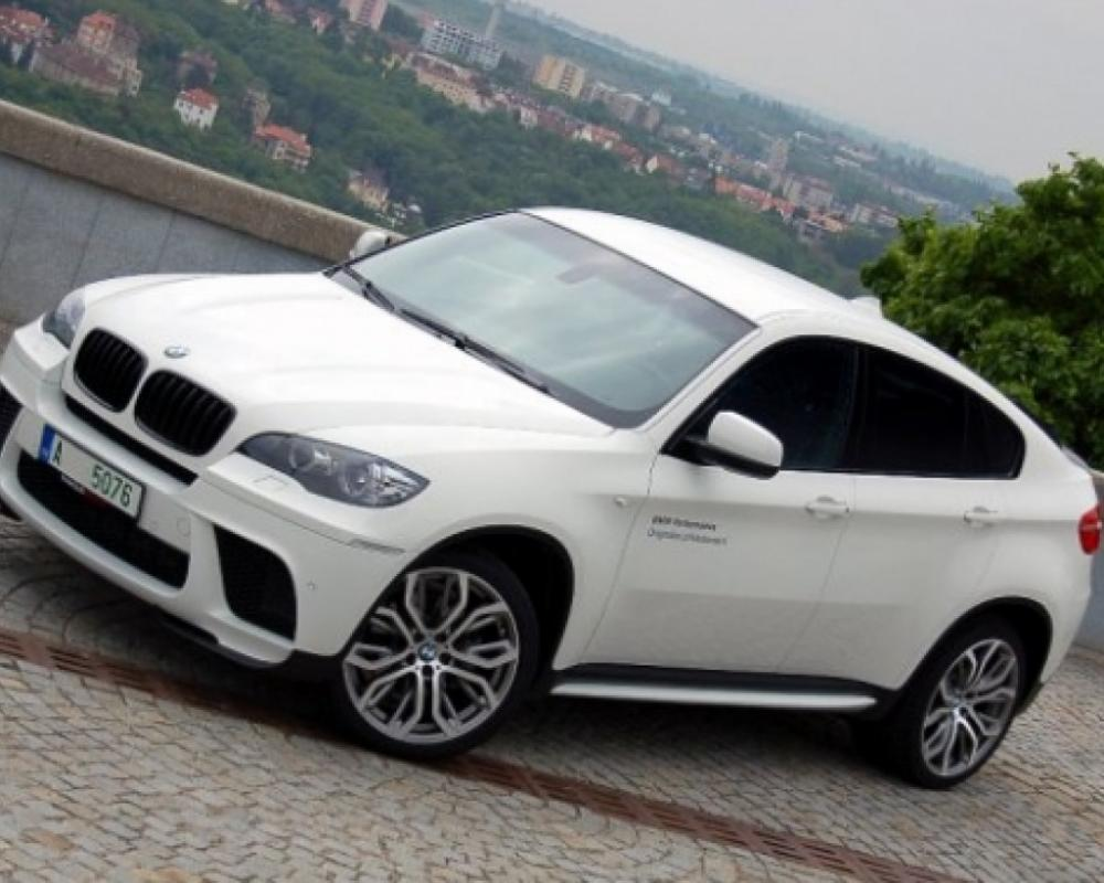 BMW X6 Performance Unlimited edition for Japanese market
