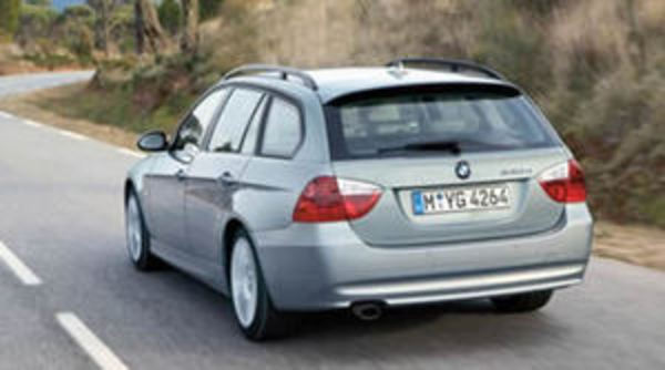 2005 BMW 320i Touring Automatic Road Tests and Reviews - The .