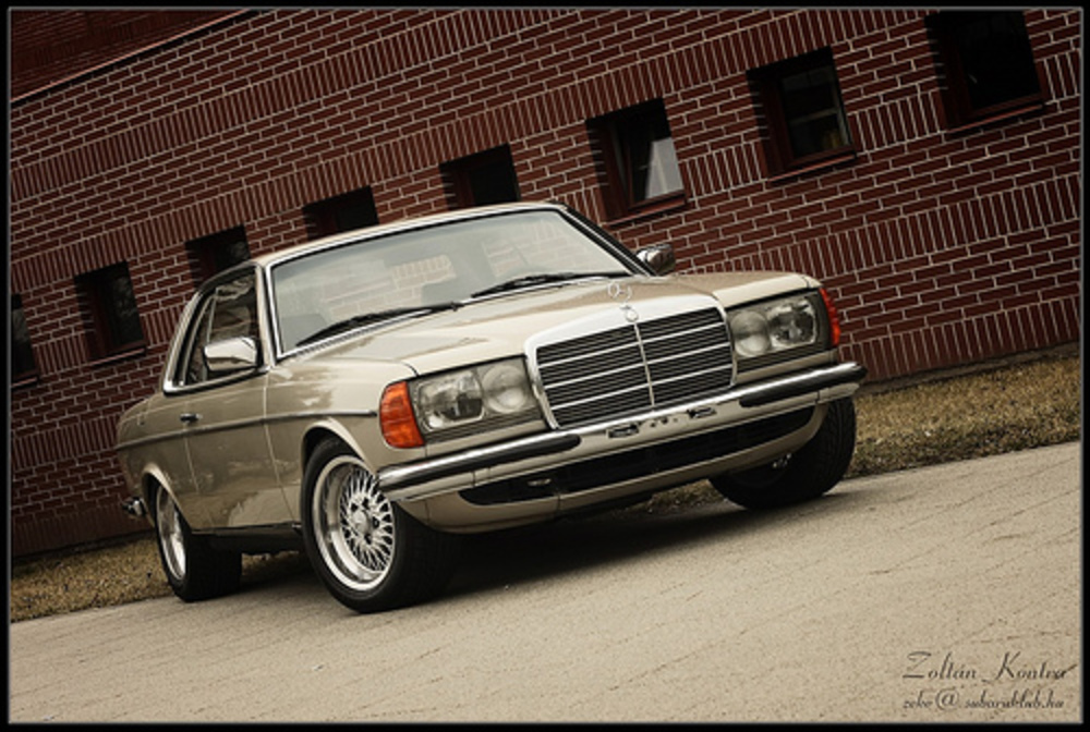 Mercedes-Benz W123 Coupe by Zek.