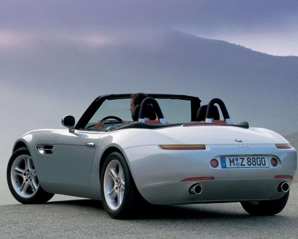 bmw z8 blue color