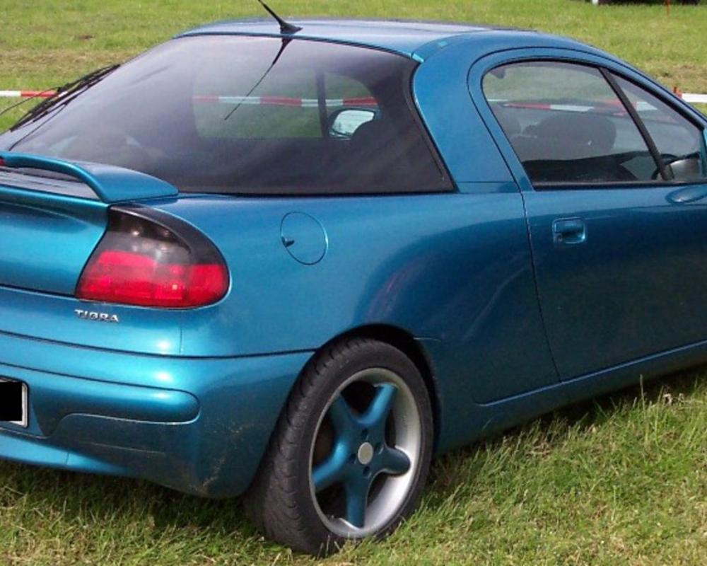 Model Opel Tigra is begining 1994 in Germany. The end of make is 2000.