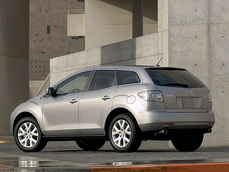 On this page we present you the most successful photo gallery of Mazda CX-7