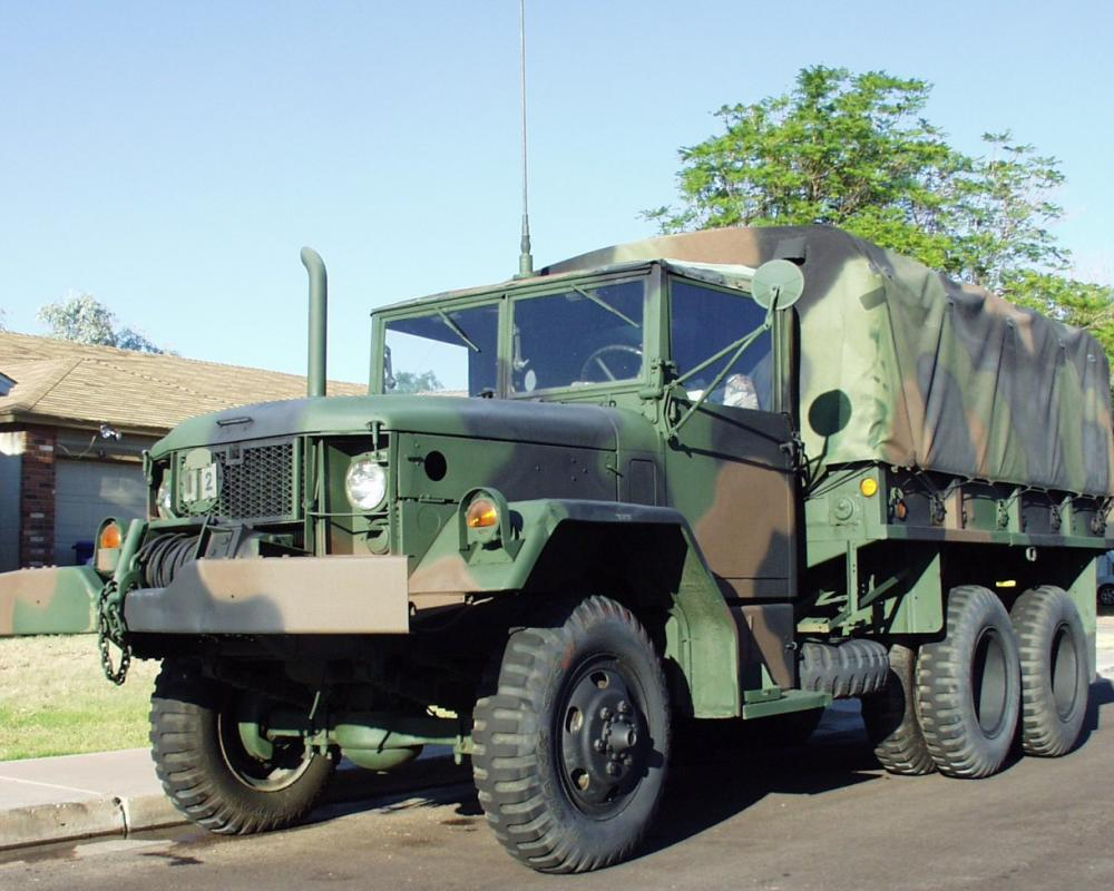 File:M35A2 with winch.jpg - Wikimedia Commons