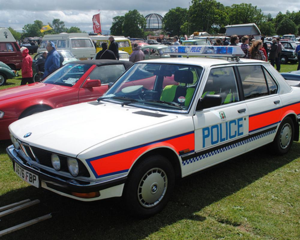 BMW 303 Police Car - Hampshire Constabulary | Flickr - Photo Sharing!