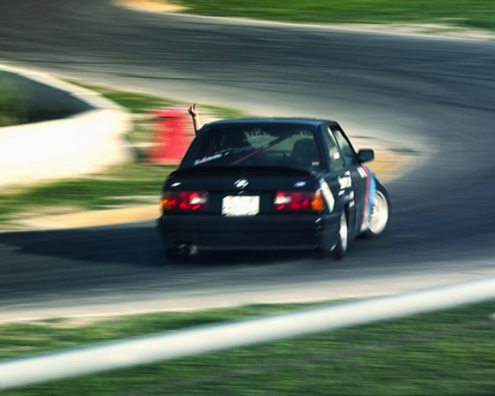 Drifting A BMW 320iS E30 With Style - Pt.3 - Thumb Up! | Flickr ...