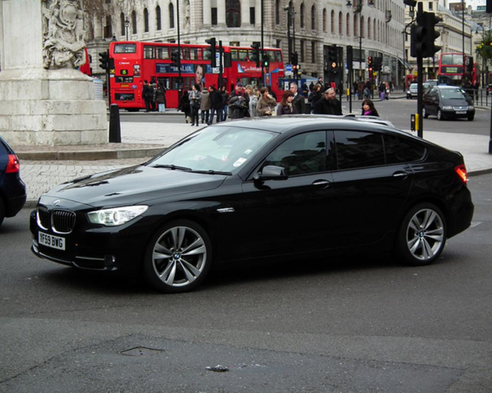 Flickr: The BMW 5 Series 1972 - Pool