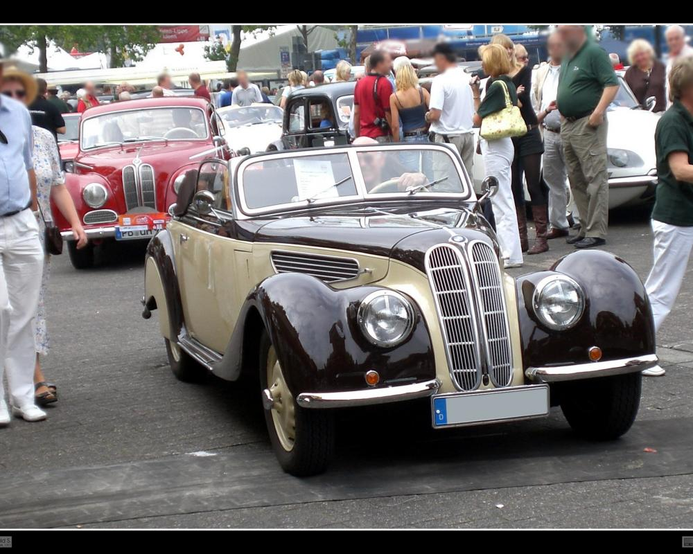 1937 BMW 327 and 1952 BMW 502 | Flickr - Photo Sharing!