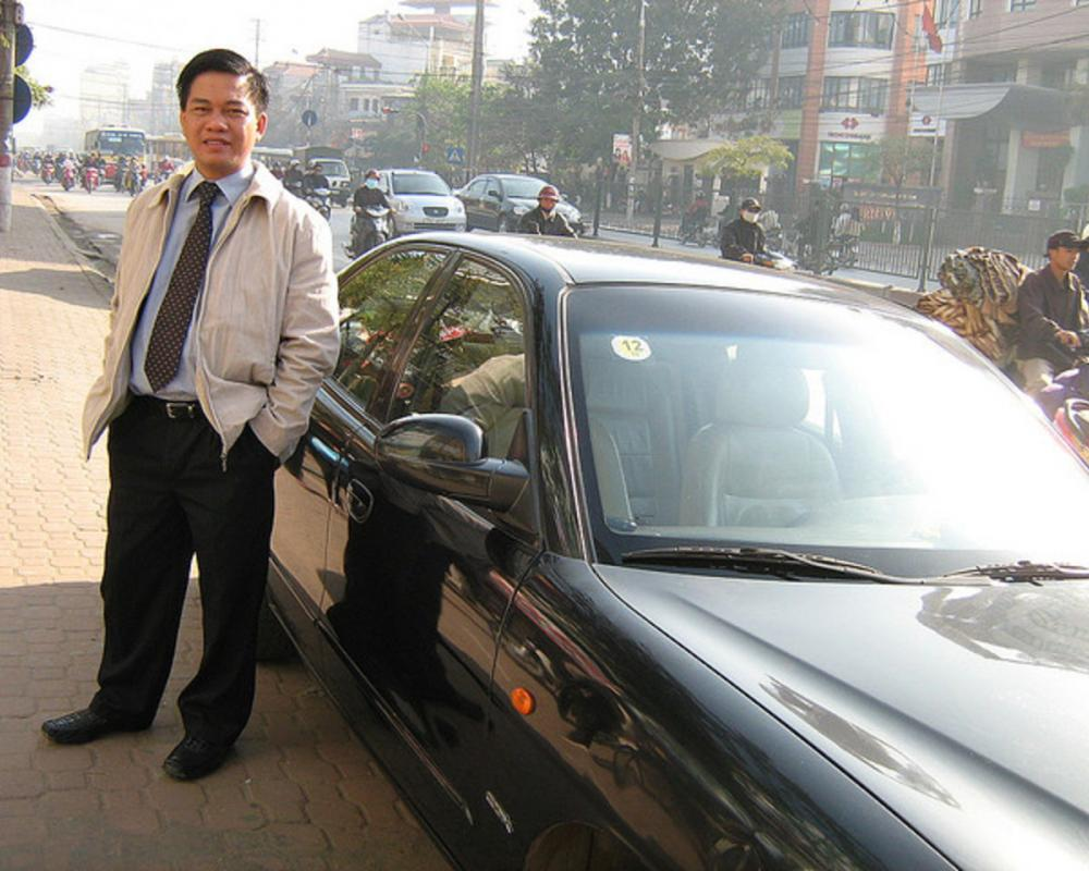 Sep Khanh oai cung BMW 765i | Flickr - Photo Sharing!