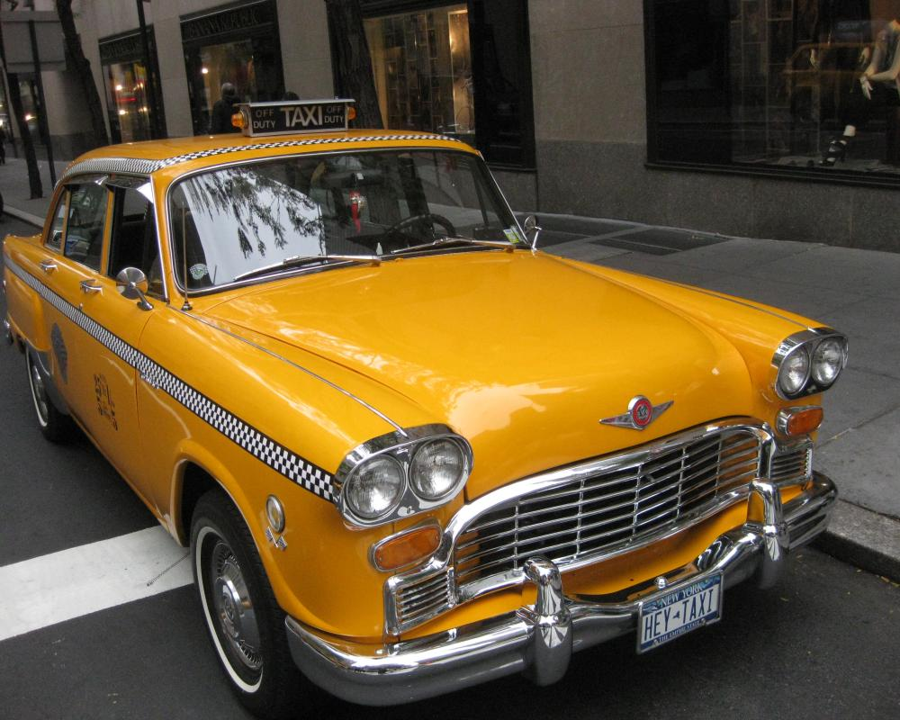 File:Old checker cab.jpg - Wikimedia Commons