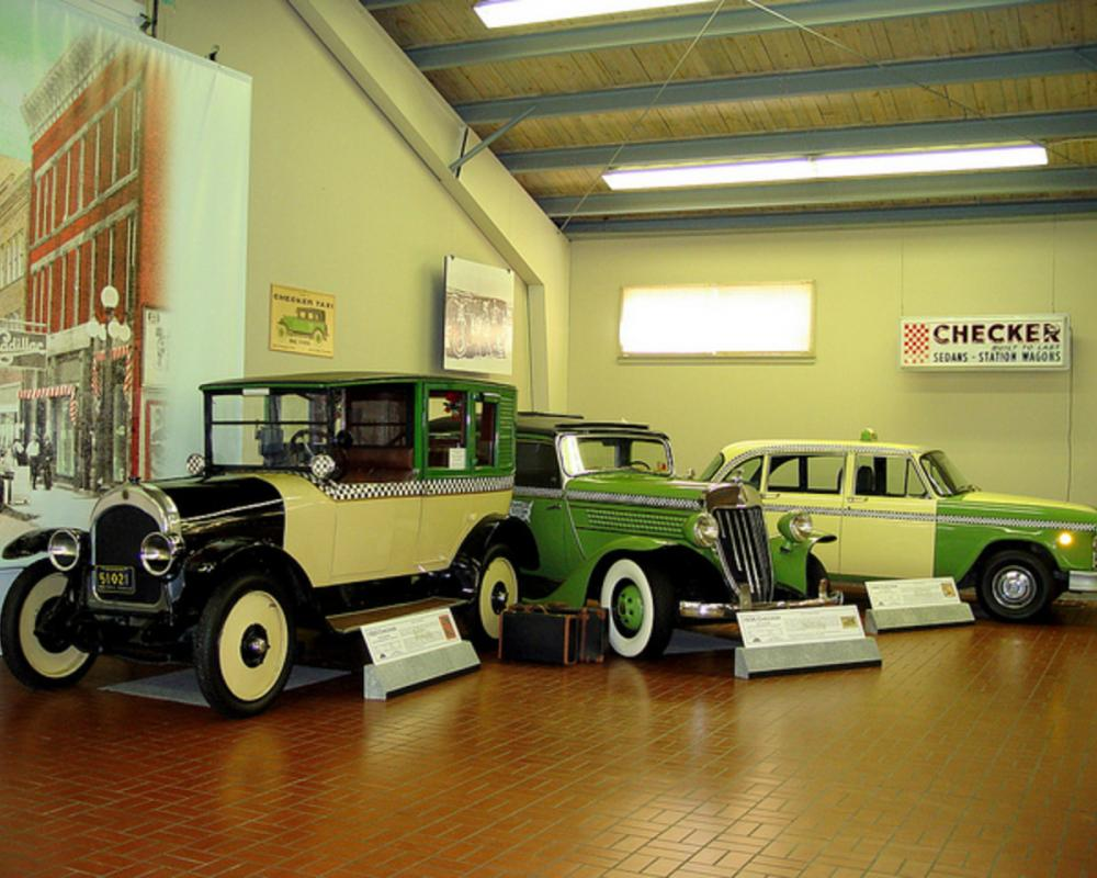 64-Checker Cabs | Flickr - Photo Sharing!