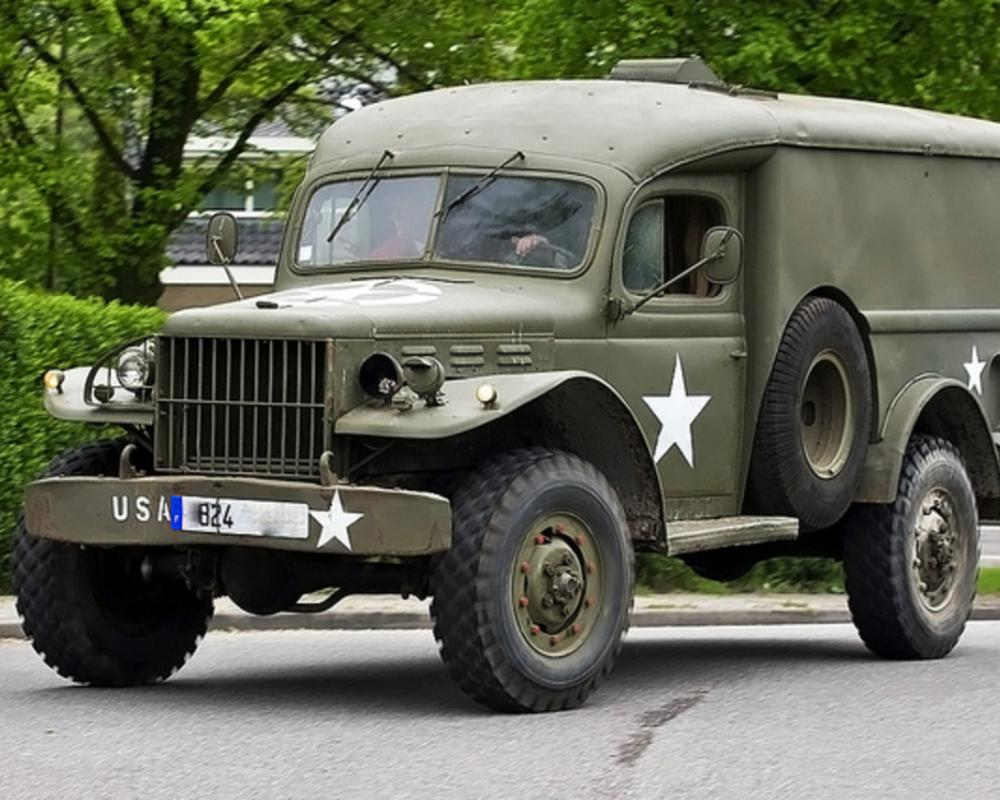 13de Oldtimerdag Dorpsstraat Zoetermeer : Dodge WC54 | Flickr ...