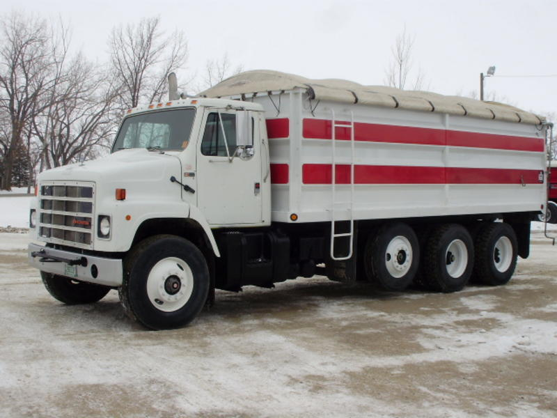 USED 1986 INTERNATIONAL S2300 GRAIN - SILAGE TRUCK FOR SALE ...