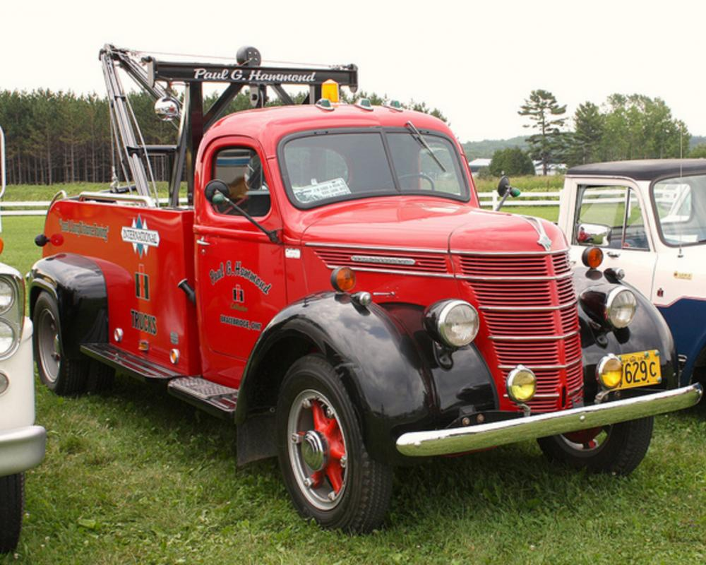 1940 International tow truck | Flickr - Photo Sharing!