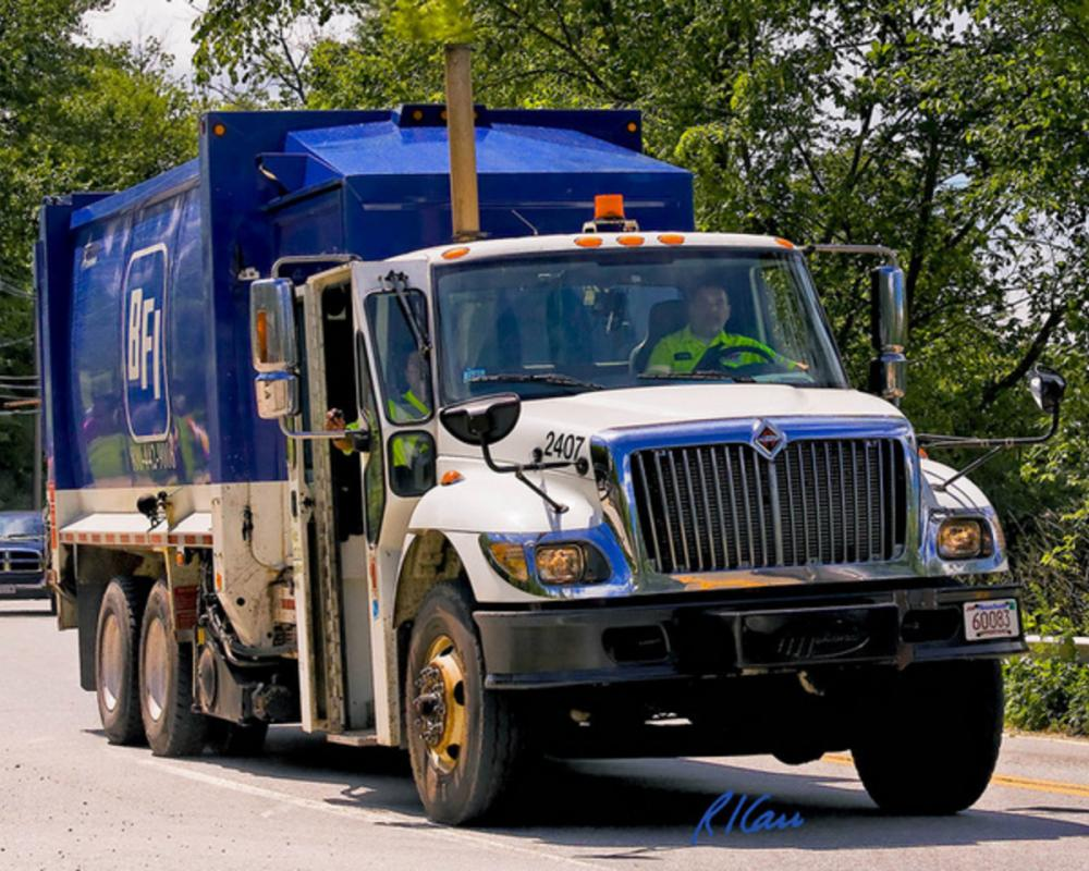 BFI Waste Systems International 7600 Labrie Expert 2000 | Flickr ...