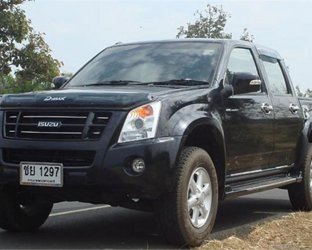 Isuzu D-Max Rodeo 2008 Road Test | Road Tests | Honest John