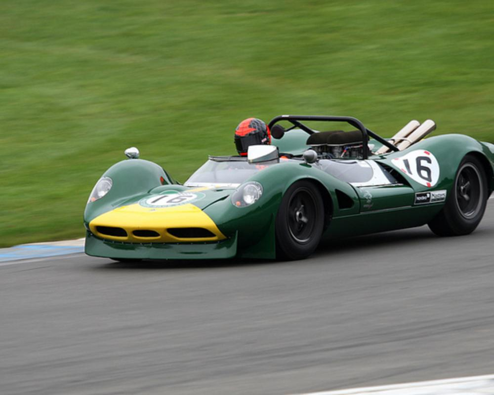 Flickr: The Car Racing Pool