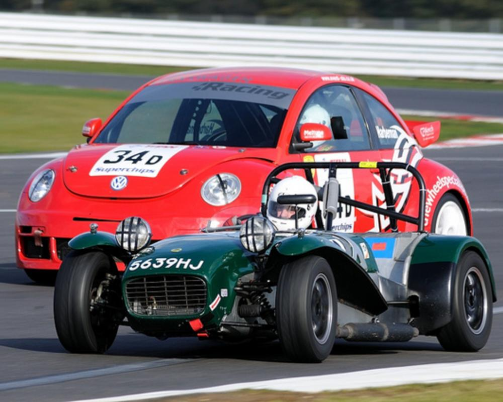 750MC Birkett 6hr Relay 2011:Silverstone - Lotus 7 S2 and VW ...