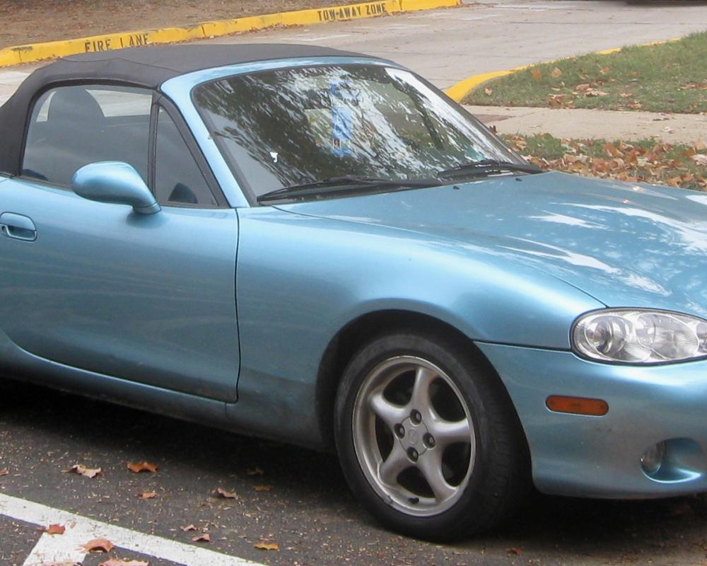 File:2nd Mazda MX-5 Miata.jpg - Wikimedia Commons