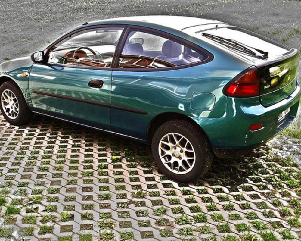 Mazda 323c | Flickr - Photo Sharing!