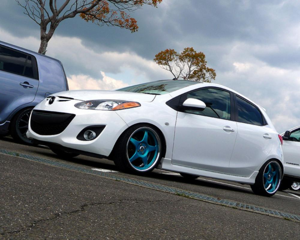 Mazda 2 | Flickr - Photo Sharing!