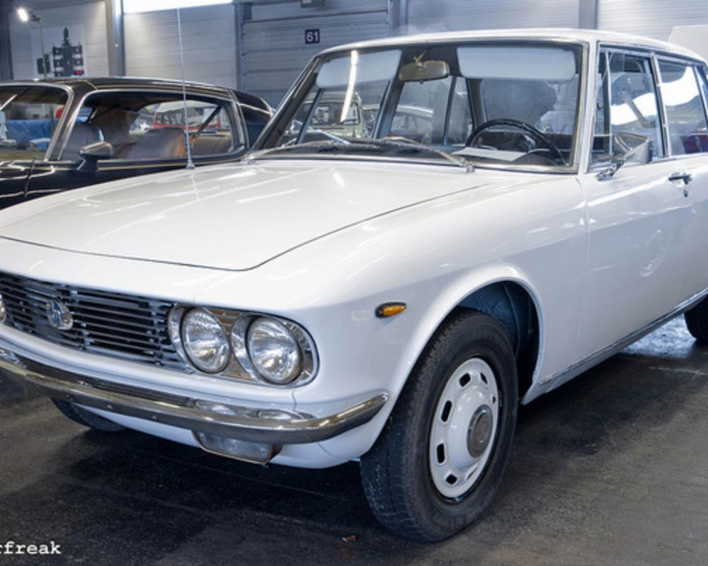 Mazda 1500 Deluxe | Flickr - Photo Sharing!