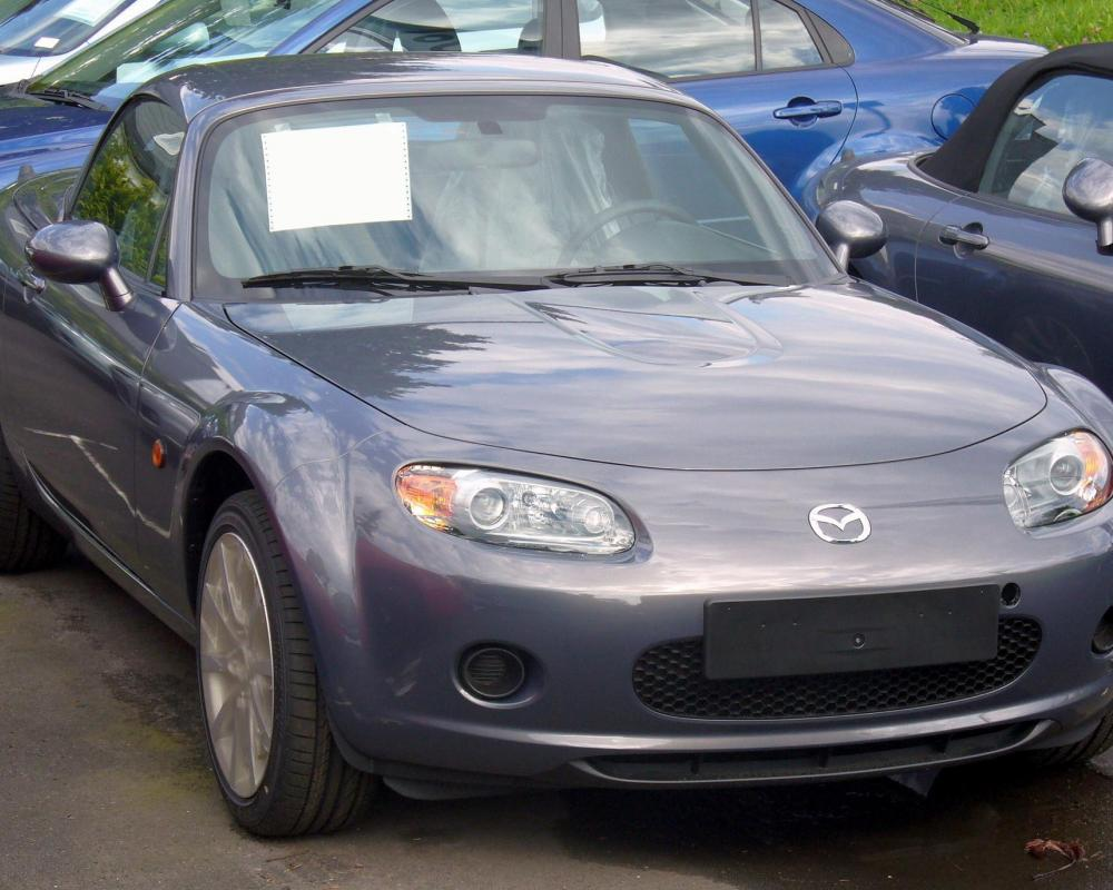 File:Mazda MX-5 Roadster-Coupé.JPG - Wikimedia Commons