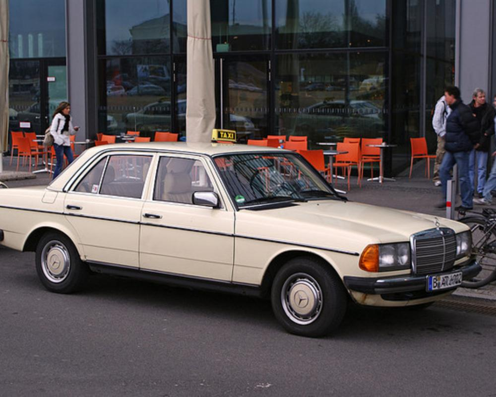 Taxi - Mercedes-Benz 230 E | Flickr - Photo Sharing!