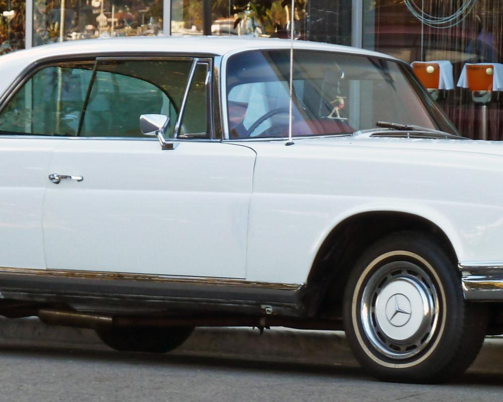 File:1968-1971 Mercedes-Benz 280 SE (W111) coupe 01.jpg ...