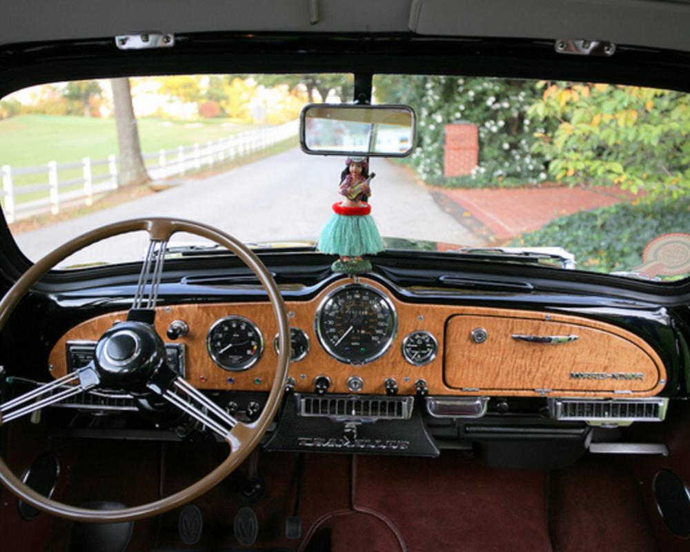1955 Morris Minor Traveller II - full dashboard | Flickr - Photo ...