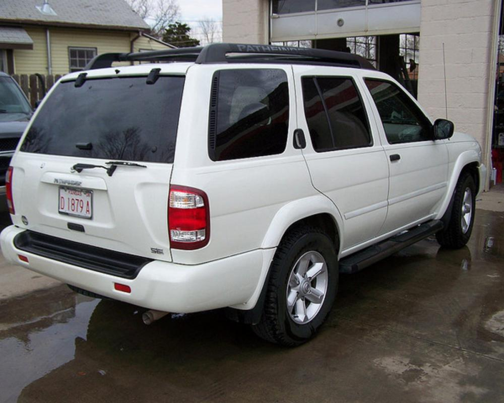 2004 Nissan Pathfinder LE Loaded Leather DVD CD Keyless Rdy to Go ...
