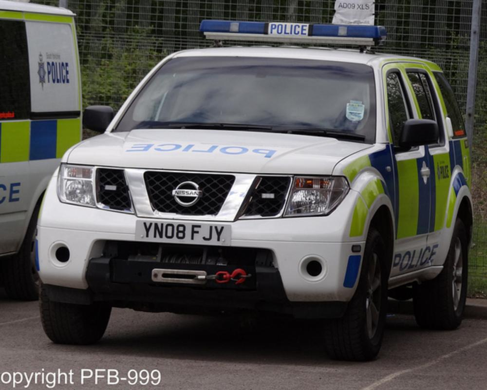 South Yorkshire Police Nissan Pathfinder Armed Response Vehicle ...