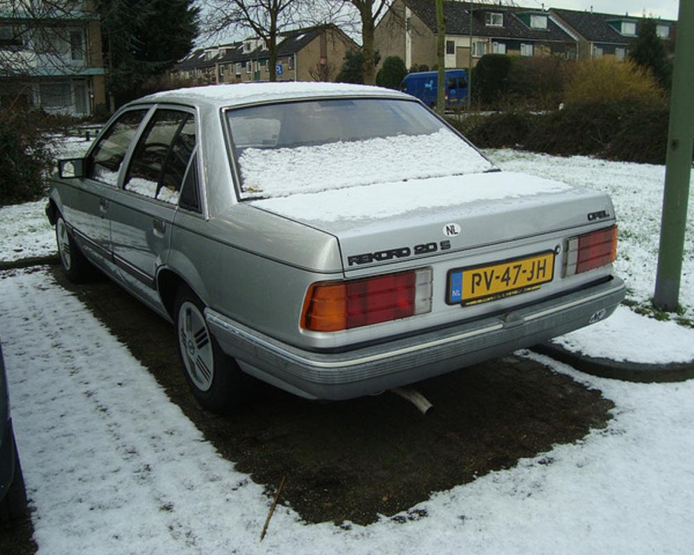 1986 Opel Record 2.0 S (automatic) | Flickr - Photo Sharing!