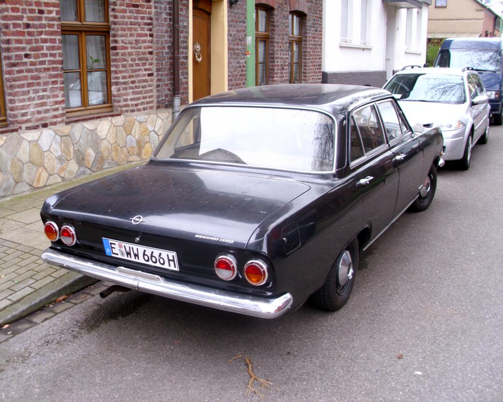 Opel Rekord B 1700 1965-66 -2- | Flickr - Photo Sharing!