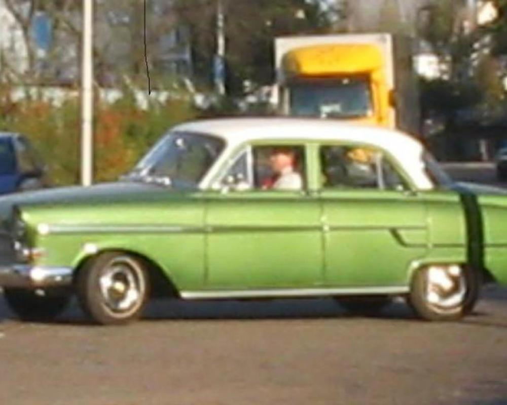 File:Opel record.jpg - Wikimedia Commons