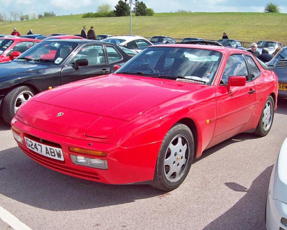 81 Porsche 944 S2 (1990) | Flickr - Photo Sharing!