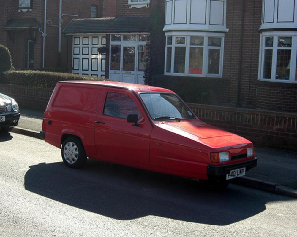 Reliant Rialto Van (1996) | Flickr - Photo Sharing!
